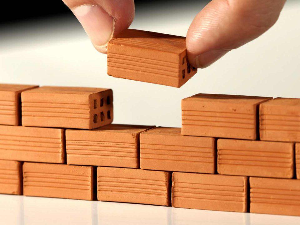 Jak vybrat vhodnou stavební firmu